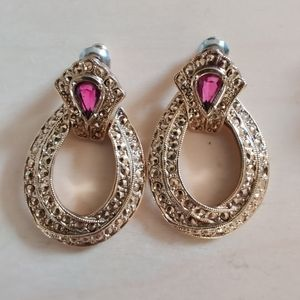 Gorgeous vintage gold ruby earrings